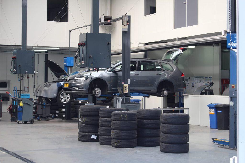 Autobedrijf de Rooij